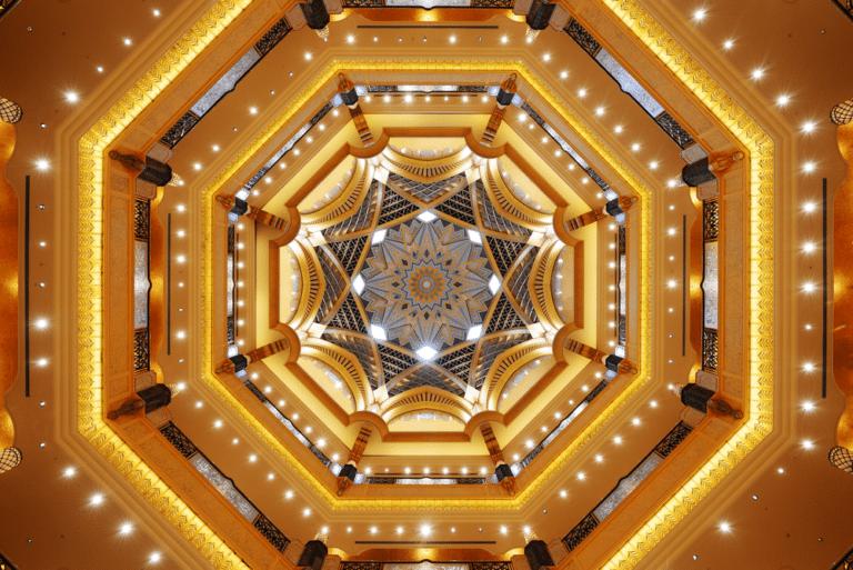 emiarates palance hotel interior